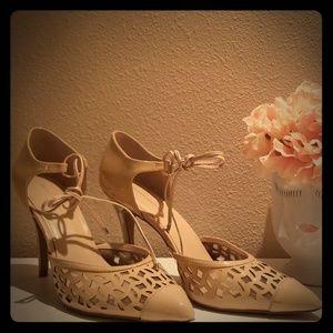 Saks Fifth Avenue cream color heels